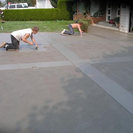 Sponge Float Broomed Finish - Crossroads Stamped Concrete